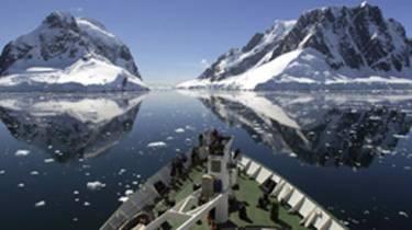 150303163333_tour_antarctica_304x171_bbc